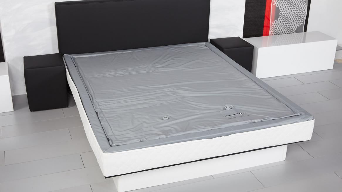 Wasserbettmatratze ohne Bezug