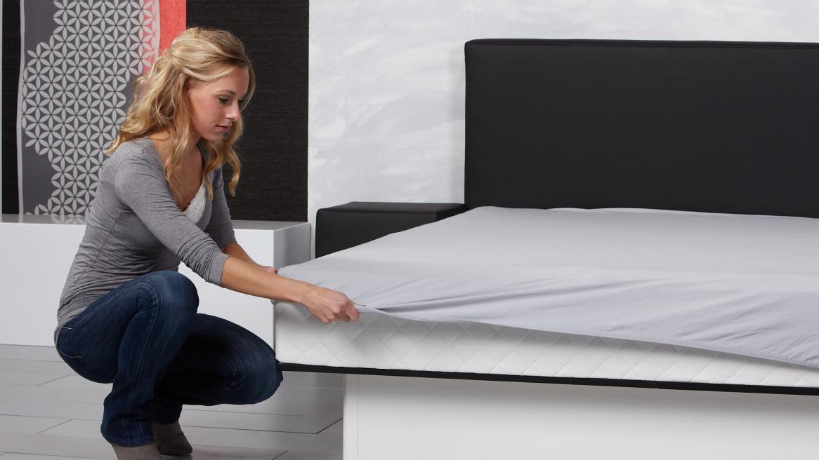 Wasserbett Basic Pro Bettlaken befestigen