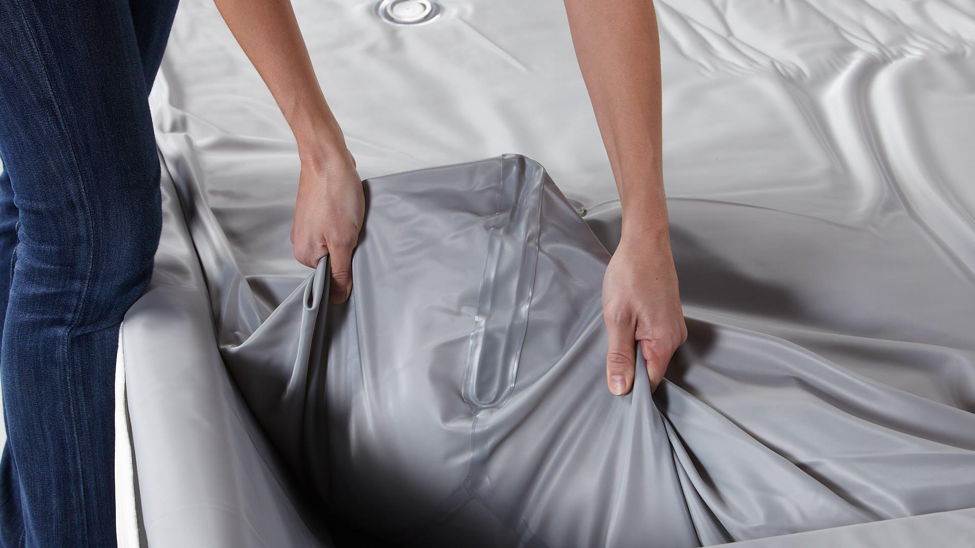 Wasserbettmatratze mit verstärkten Anti-Leck-Kanten